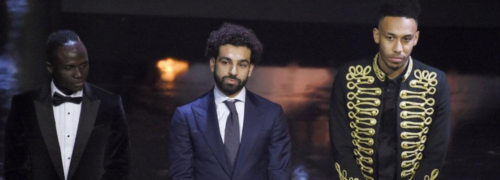 Sadio Mane (L), Mohamed Salah (C) and Pierre-Emerick Aubameyang
