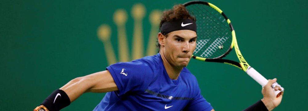 Nadal, Federer Ease Through in Shanghai