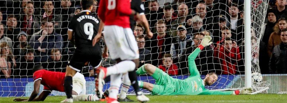 Wissam Ben Yedder's two goals against Manchester United sent Sevilla to the quarterfinals.