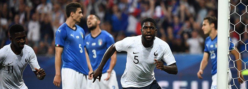 France Beats Italy, Aussies Thrash Czechs
