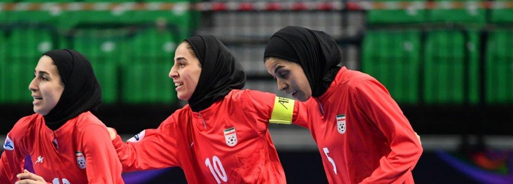 AFC Women's Futsal Championship: Iran Beats China, Advances to Semis