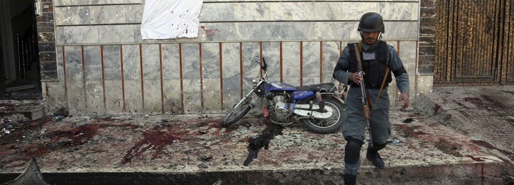Suicide Bomber Kills 3 Near Election Office in East Afghanistan
