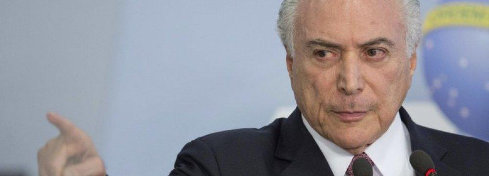 Brazil Closes, Then Reopens Border to Venezuelan Migrants