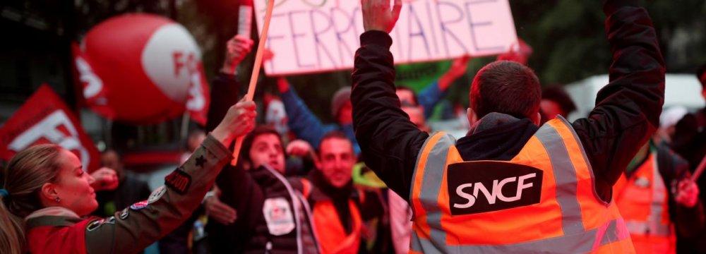 Macron Rail Reform Meets Repudiation