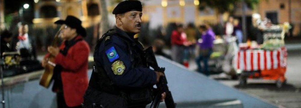 Mariachi Gunmen Kill 3 in Mexico City