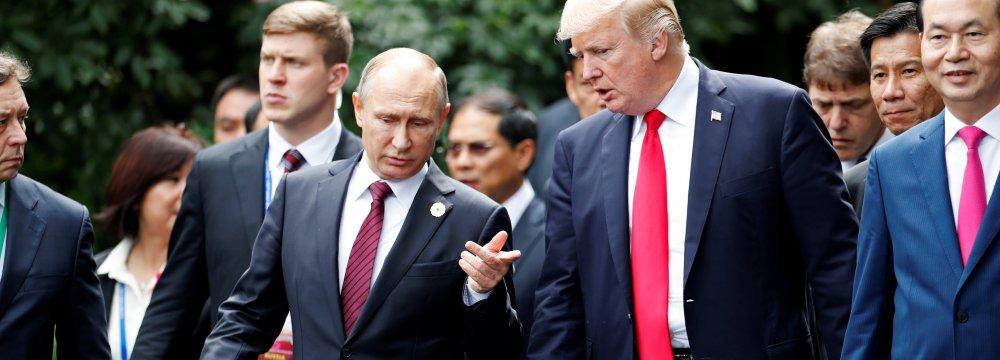 US President Donald Trump and Russia's President Vladimir Putin met at the APEC Summit  in Danang, Vietnam on Nov. 11, 2017.