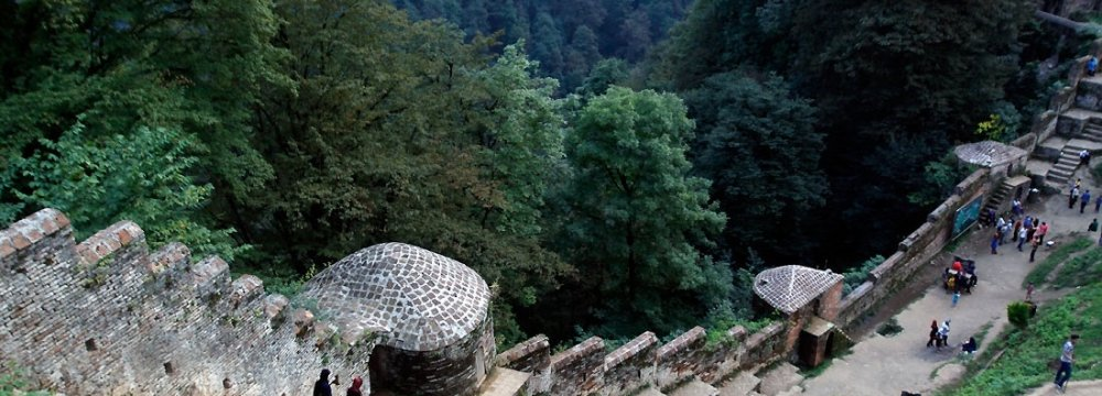 Iran's Rudkhan Fort: Monument Hidden in Woods
