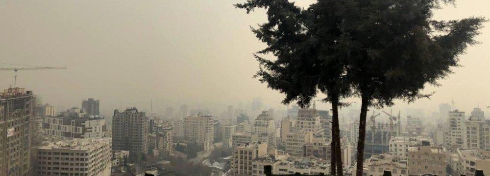 Tehran Schools Close Over Choking Smog