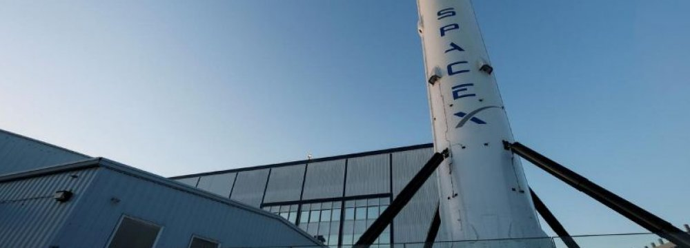 NASA Clears SpaceX Unmanned Test Flight to Space Station