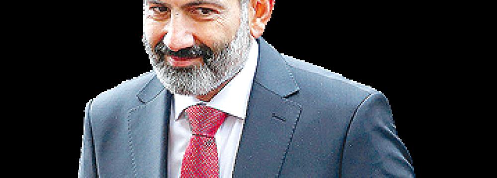 Tehran, Yerevan Should Develop Strong Ties