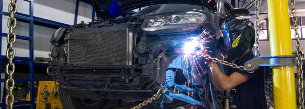 Professional Body Shop for Repairing Volvo Cars in Tehran