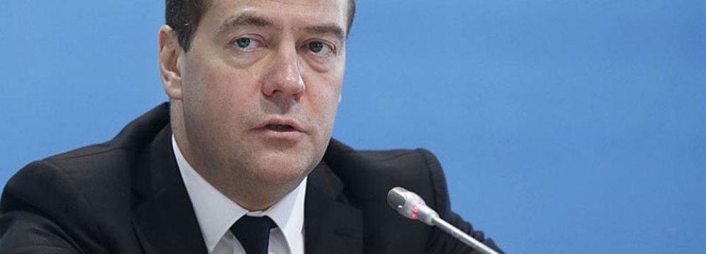 Medvedev: No Obstacles to Iran's SCO Membership