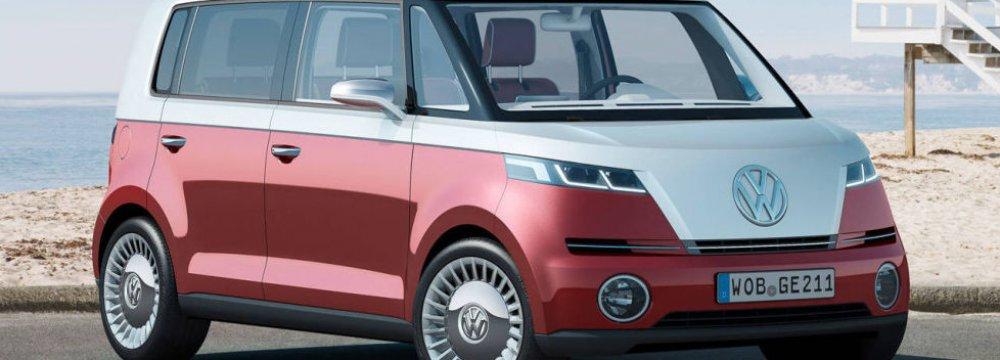 VW to Unveil Self-Driving Minibus