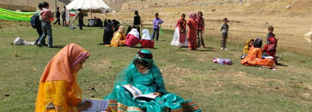There are 5,700 nomadic schools with more than 170,000 students in 22 provinces.
