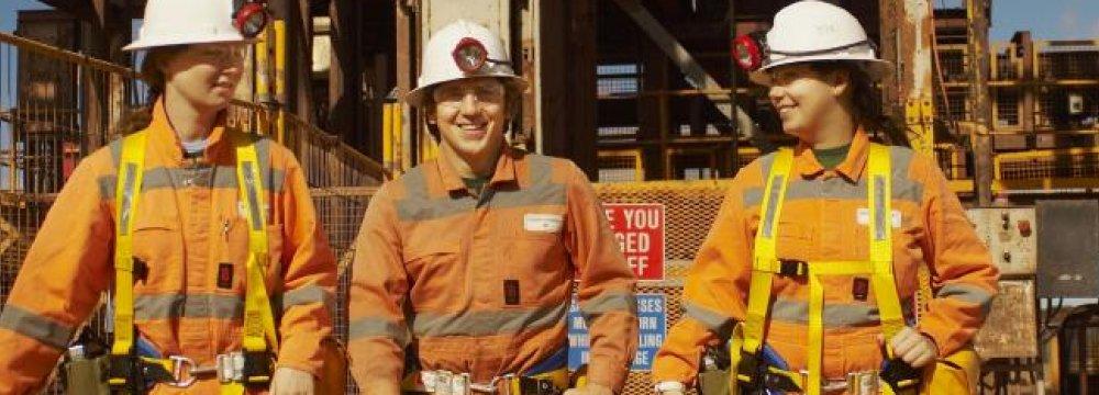 Australia Economy Shows Hiring Turnaround