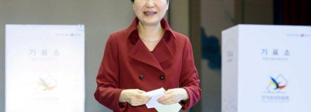 S. Korea President's Party Loses Majority