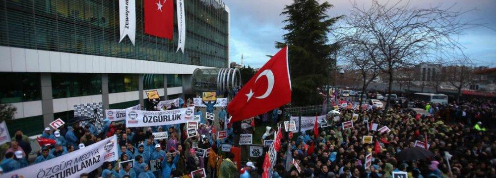 Journalists, Professors Go on Trial in Turkey