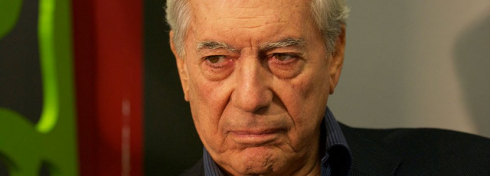Vargas Llosa's 'Five Corners' Among Best-Sellers