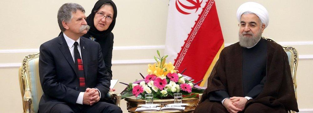 Hungarian National Assembly Speaker Laszlo Kover (L) meets President Hassan Rouhani in Tehran on Nov. 12.