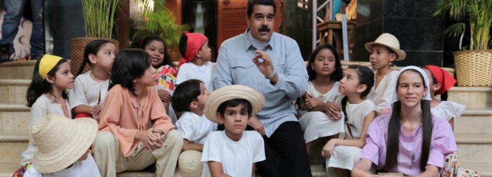 "Venezuela Opposition Puts Maduro ""Trial"" on Hold"
