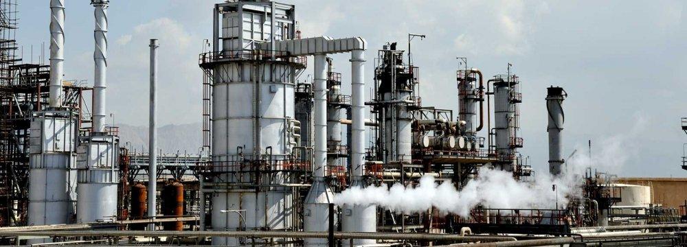Lavan Refinery to Launch New Gasoline Unit