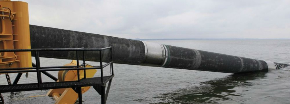 The pipeline may plunge close to 1,000 meters below the sea's surface.