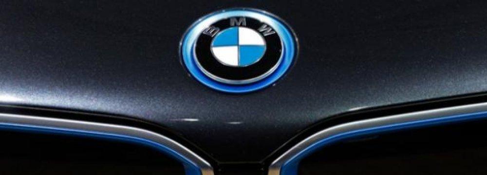 BMW Eyes 100,000 Electric Car Sales in 2017