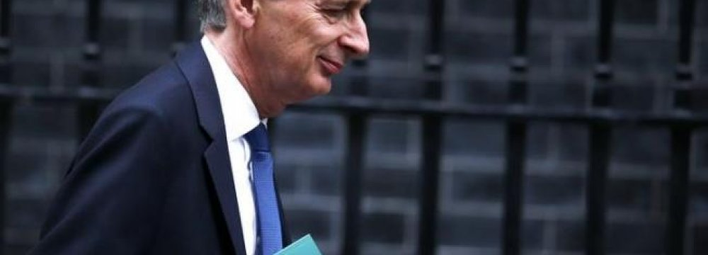 UK Cuts Growth Forecasts