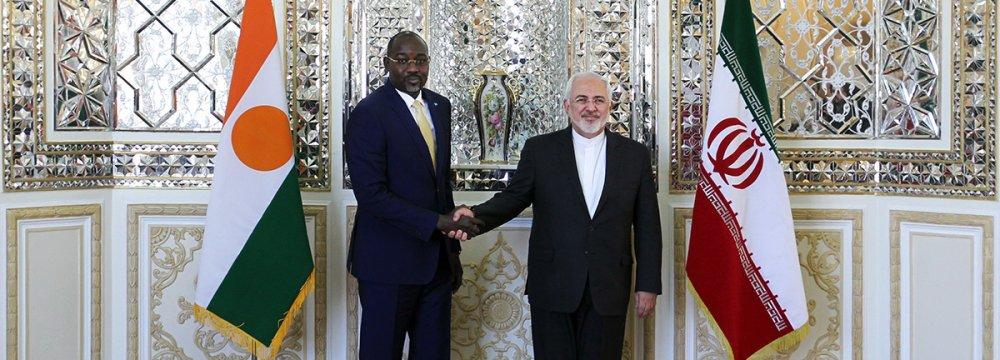 Zarif, Niger Counterpart Discuss Relations