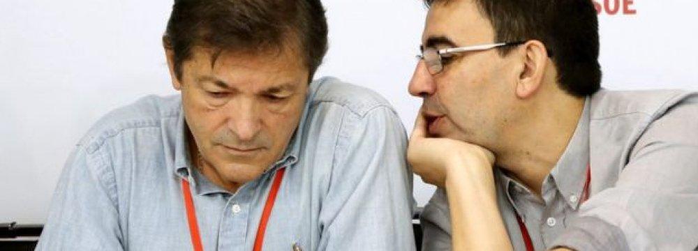 Spain's Socialists Vote to End Political Gridlock