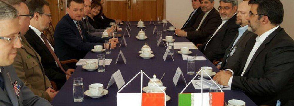 Iran, Poland to Cooperate Against Organized Crime