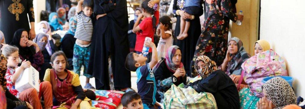 IS Hides Behind Human Shields to Halt Iraqi Army in Fallujah