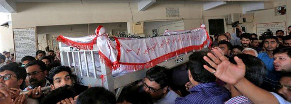 Karachi Mourns Slaying of Anti-Militant Activist