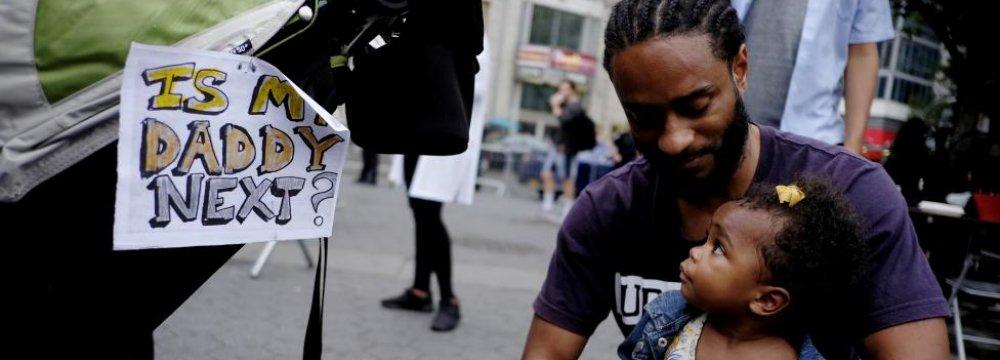Hundreds Arrested as Anger Boils in US Over Police Violence