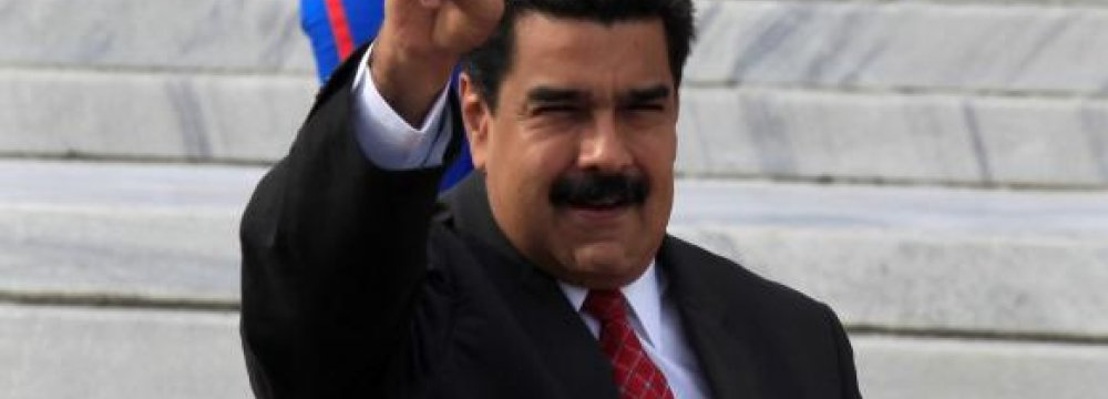 Maduro Entreats Latin America Not to Isolate Him