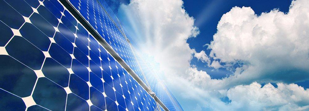 Italian, Swiss Investors to Build Solar Plant in NE Iran