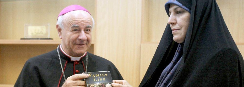 Vatican Rep, Molaverdi Call for Stronger Families