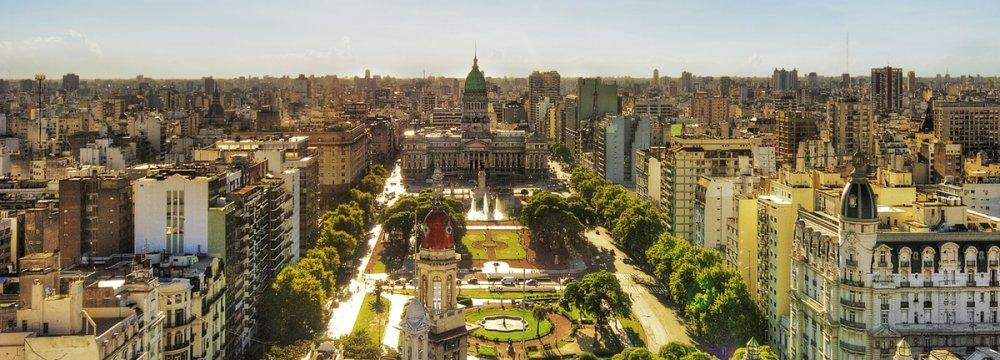 Macri Eyes $400b Owned  by Argentines Overseas