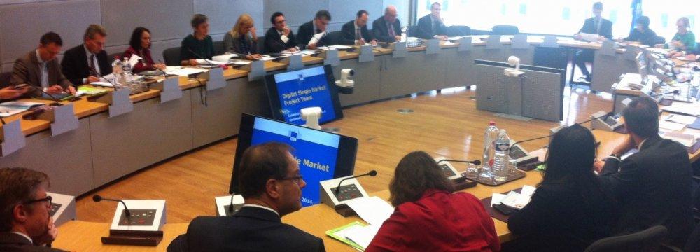 EU, China Closer to Market Economy Deal