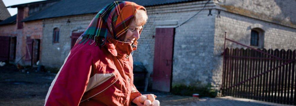 Poland to Revamp Pension-Fund Scheme