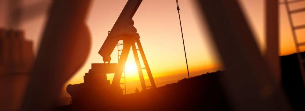 Zanganeh Pledges to Help Restore Oil Market Stability