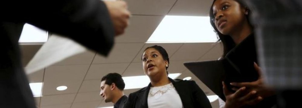 US Private Sector Adds 177,000 Jobs in August