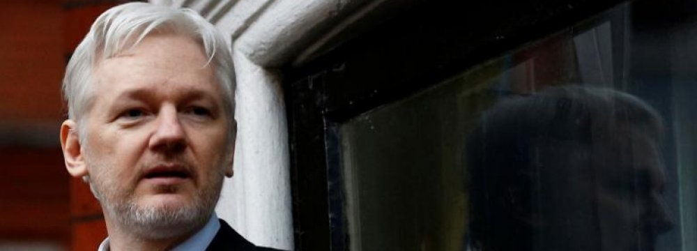 Swedish Court Upholds Assange Warrant