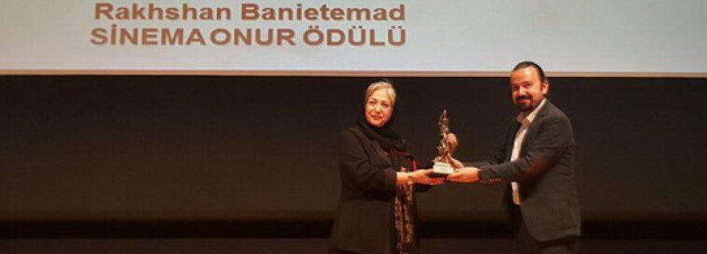 Banietemad Honored in Istanbul