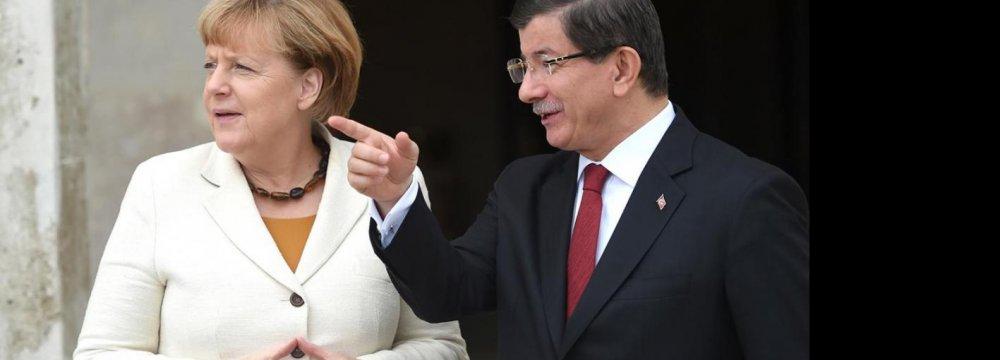Merkel in Turkey to Discuss Refugee Crisis