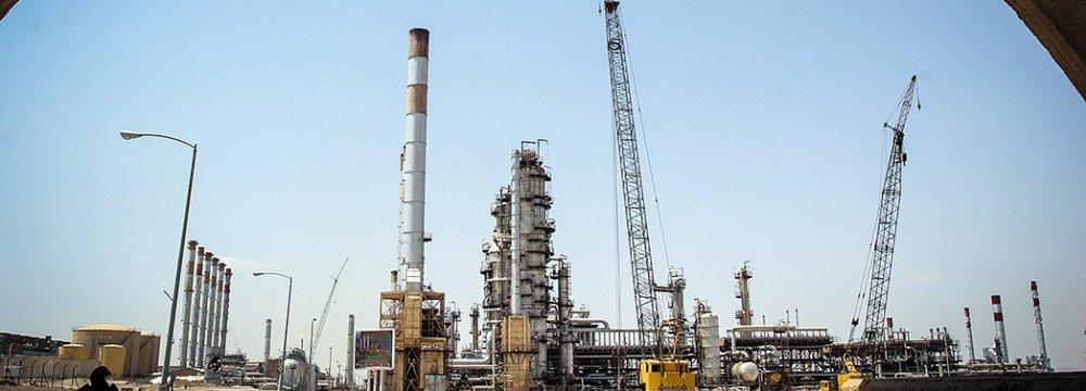 Major Petrochem Units to Start Production in Iran's Qeshm Island