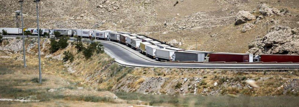 Iran: Exports via Land Borders Up 11%, Imports Down 14%