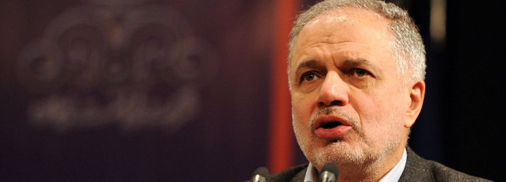 Iran Oil Co. Chief Calls for Buying Stake in Foreign Refineries
