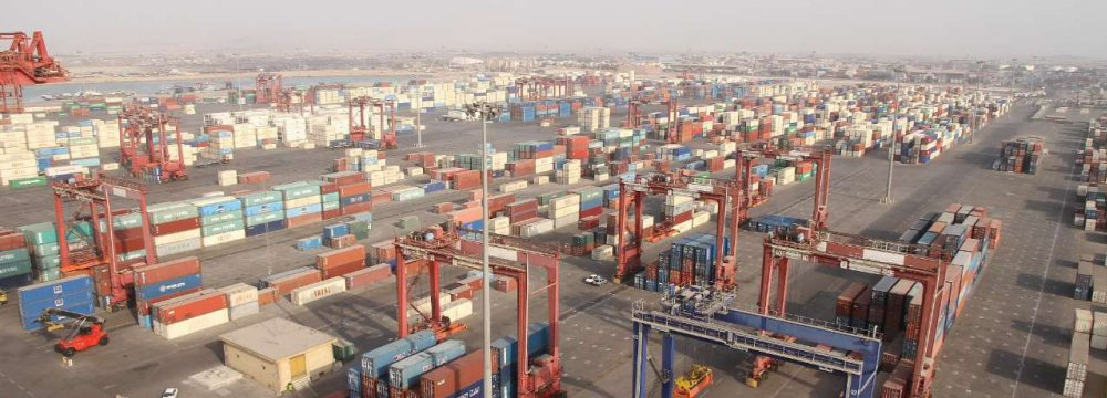 Over half of Iran's commercial trading is carried out at Shahid Rajaee which also accounts for over 85% of all container throughput in the country.