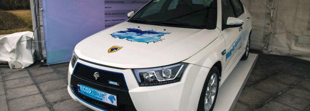 Iran Khodro Unveils Hybrid Electric Vehicle